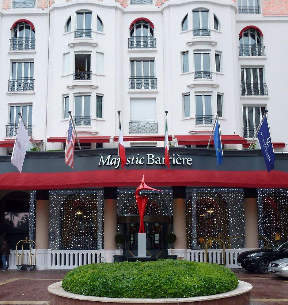 Exposition à l' hôtel Majestic Cannes Croisette